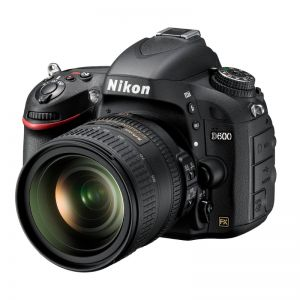 Nikon D600 met 24-85mm f/3.5-4.5G ED VR kit