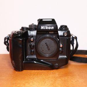 Nikon F4 + MB-21 grip