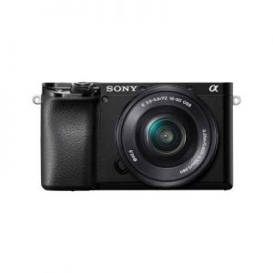 Sony A6100 Body met Sony 16-50mm OSS